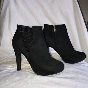 Lane Bryant Black Booties Boots Heels 9W 9